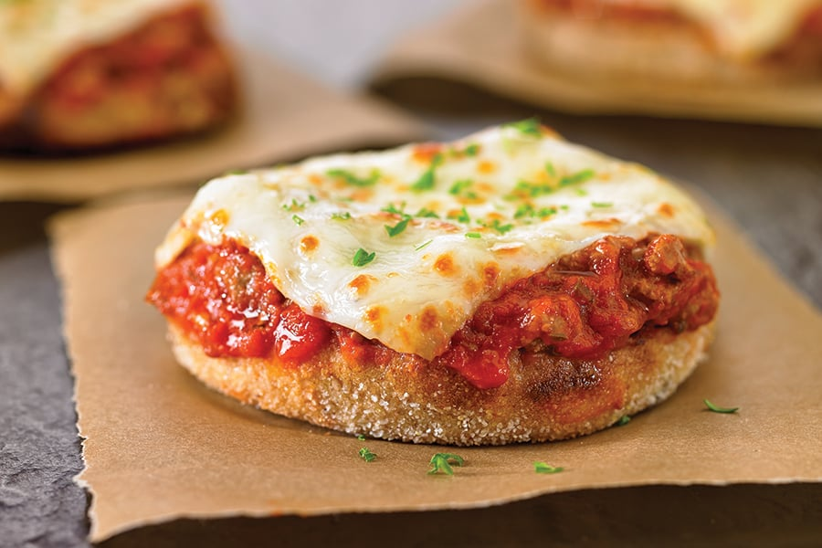 PizzaBurgerwithMozzarellaCheeseSlicesforK Schools